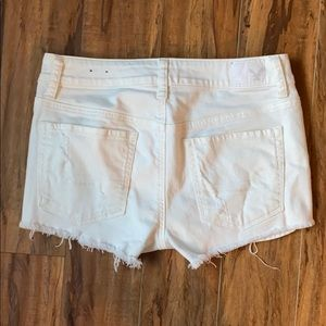 American Eagle Outfitters Shorts - White American Eagle Shortie Shorts